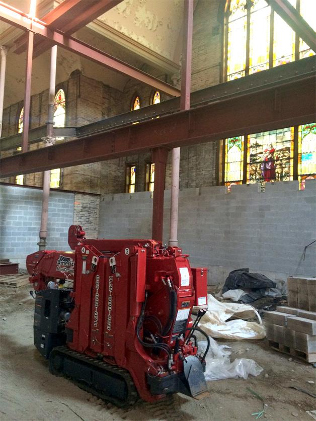 Mincrane assists Ukranian Church construction project
