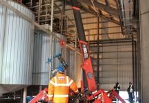 Compact crane