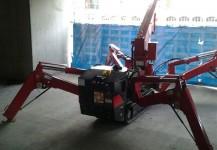 Spydercrane at construction site